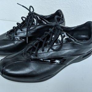 Cole Haan Bria Sz 9.5 Fashion Sneaker Black Patent